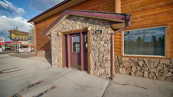 Visit Pinedale Sundance Motel 1