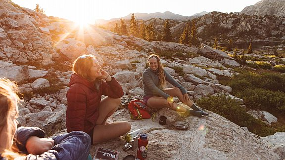 Summer Backpacking Relaxing Winds - Visit Pinedale, WY