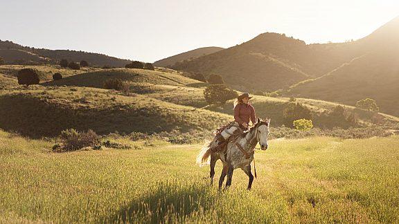 Summer Horseback Riding - Visit Pinedale, WY