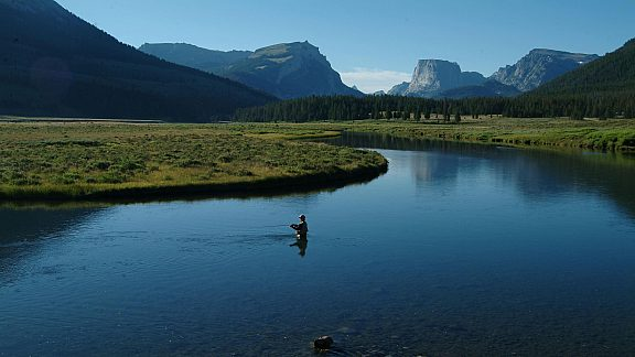 Fly Fishing on the Green River - Pinedale, WY