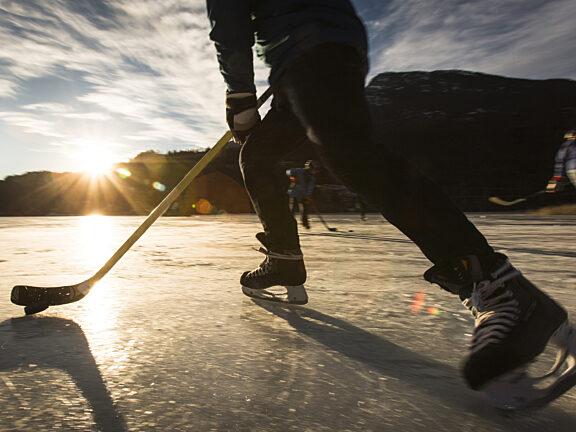 Ice Hockey Visit Pinedale