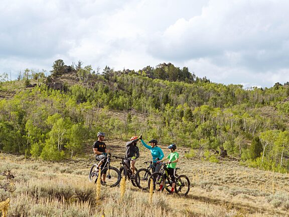 Fall Mountain Biking White Pine - Visit Pinedale, WY