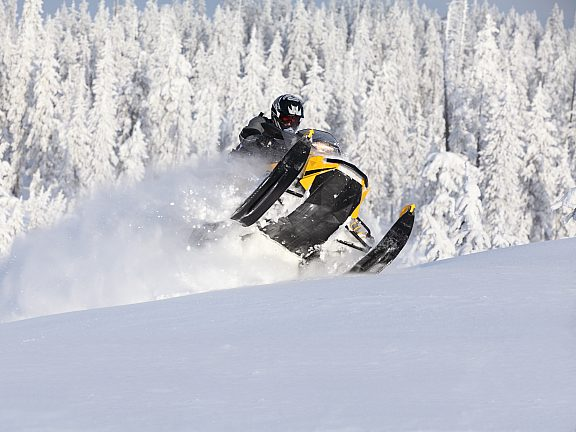 Snowmobiling - Visit Pinedale, WY